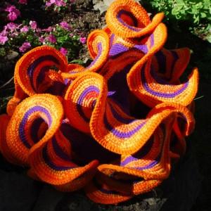 8.1 daina Taimna's crocheted hyperbolic plane