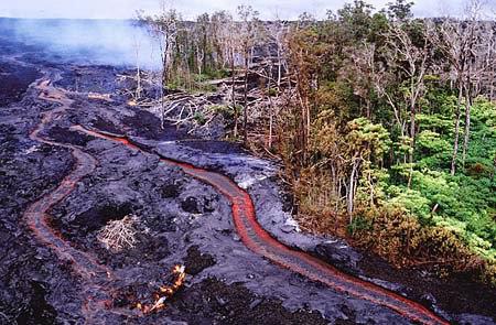 Puu-Oo-USGS lava riverlets