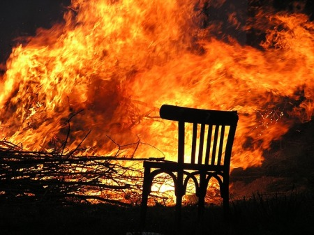 fire-chair pixabay